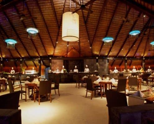 Komandoo Island Resort & Spa Falhu Restaurant Innen
