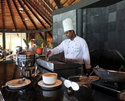 Komandoo Island Resort & Spa Falhu Restaurant Kochen