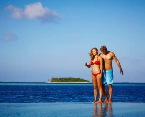 Komandoo Island Resort & Spa Infinity Pool Models