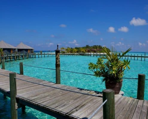 Komandoo Island Resort & Spa Jacuzzi Water Villa Aussenansicht