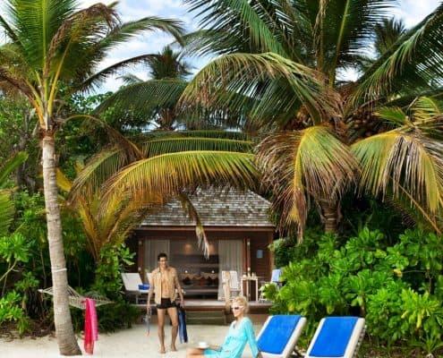 Veligandu Jacuzzi Beach Villa